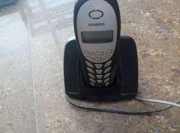 Стационарные телефоны в рабочем состоянии