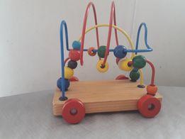 drewniana zabawka przeplatanka Mula