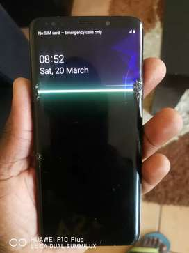 Original Samsung Galaxy S9 Plus With Cracked Screen
