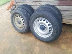 Standard Rims and Tyres