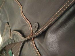 Суперская кожаная куртка в отличном состоянии почти новая!
