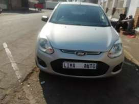 Ford figo 1.4 hatchback