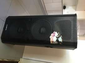 LG and Omega speakers
