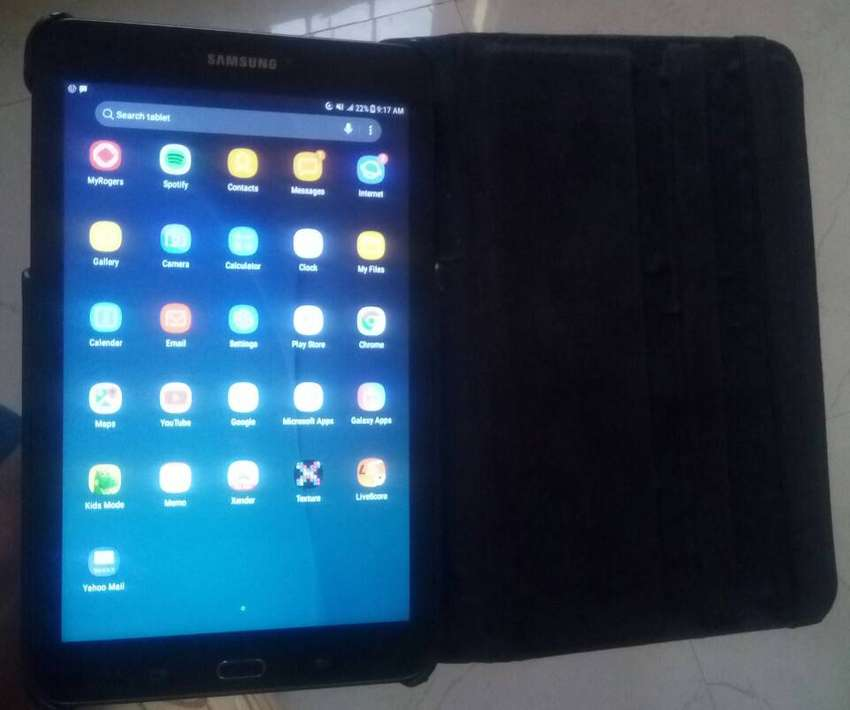 New Samsung Galaxy Tab E 8.0 with cover 0
