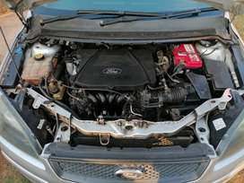 Ford Focus 1.6si with spare engine