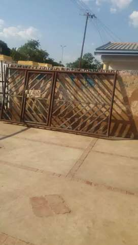 Second hand Gate