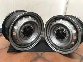 16 inch Brand new Ford Ranger rims with Caps