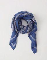 Chusta Abercrombie szalik kwiaty niebieska hollister