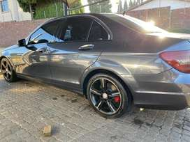 MERCEDEZ BENZ C200  EDITION CLASSY FOR SALE