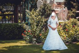 Продам дизайнерское свадебное платье фату