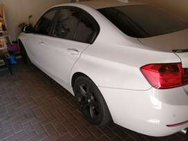 BMW 320I 2013 8 SPEED 4 DOOR SEDAN
