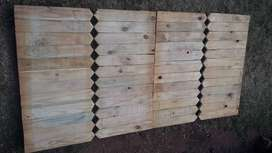 Picket fence available for a bargain price. 900 x 450 x 22mm New.