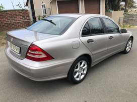 Immaculate car full service and spare keys