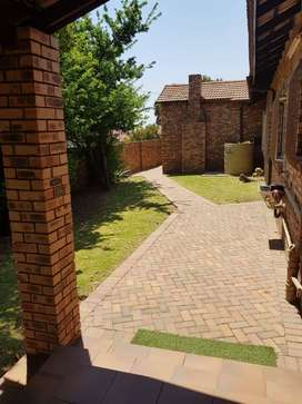 Witbank fully furnished flat to rent