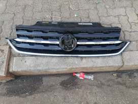 VW T CROSS GRILLE AVAILABLE FOR SALE CLEAN ONE IN GOOD CONDITION