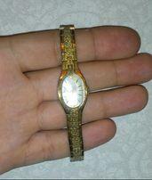 Женские часы LUCH