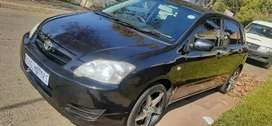 TOYOTA RUNX IN EXCELLENT CONDITION,  PRICE NEGOTIABLE