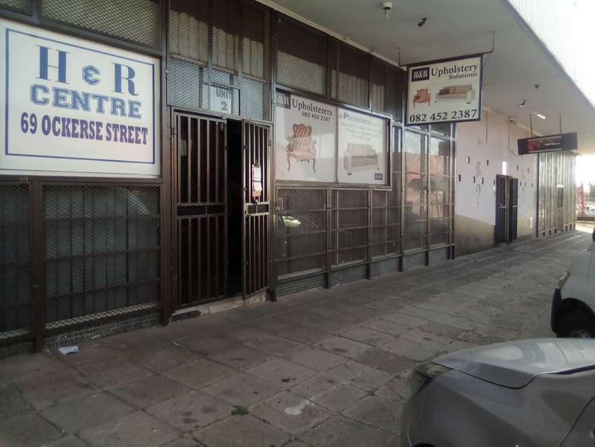 970 square meters of retail commercial space 0