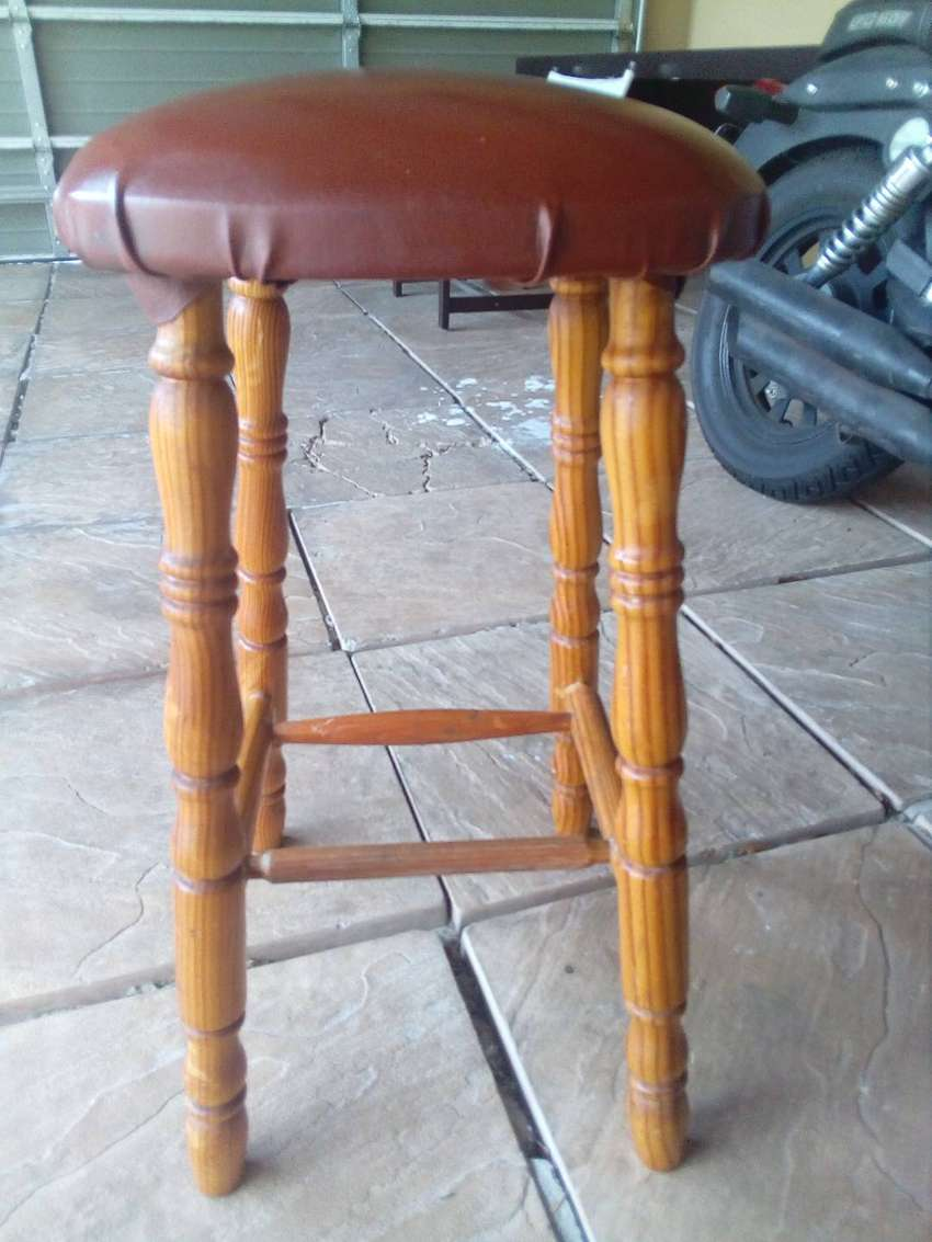 Wooden stool 0