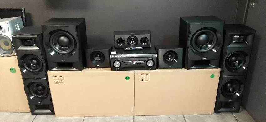 Hi all im selling JVC 5.2 home theatre systems 0