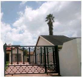 Short term Monthly Rental Fully Furnished R1500 weekly R3800 monthly