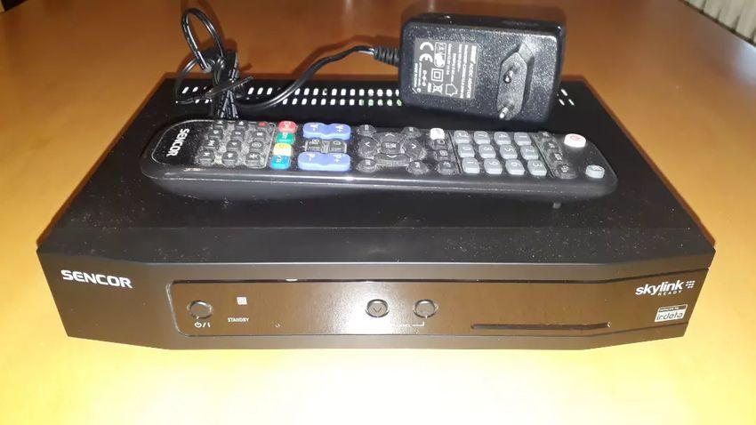 Satelitní přijímač Sencor SDB-6010SI 0