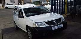 Nissan NP200 1.6i canopy service book