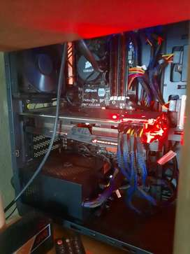 i7 with z97 asrock motherboard liquid cooler and ram