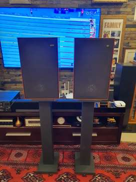 KEF Chorale Speakers and Stands