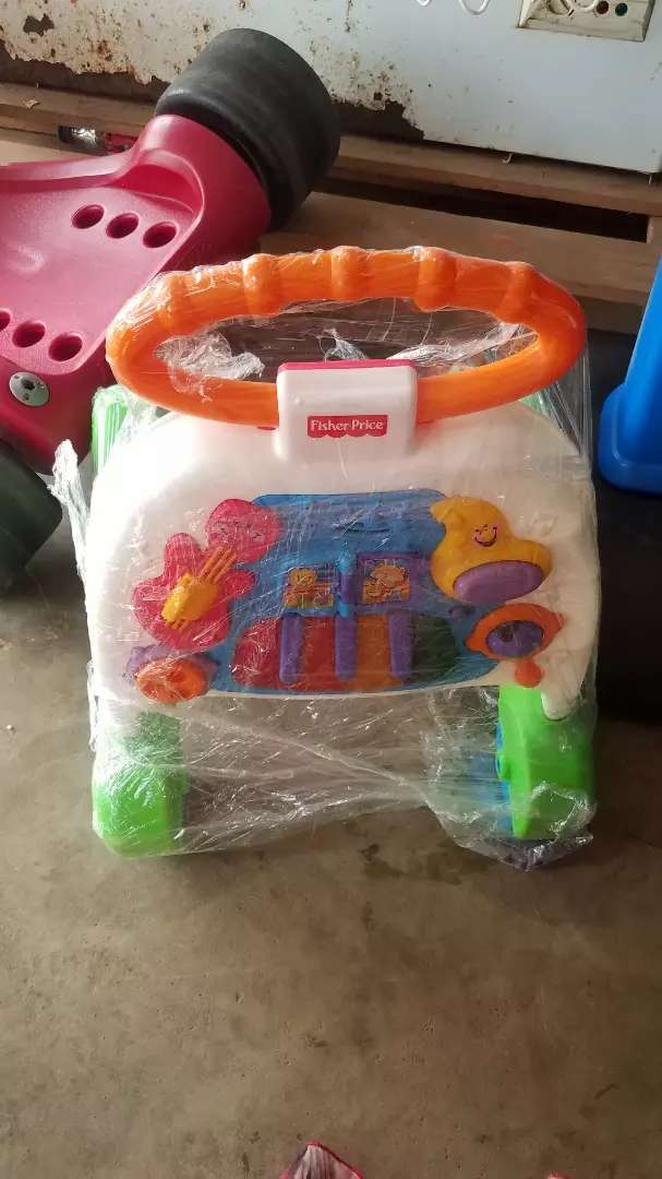 USA used Fisher-Price Brilliant Basics Musical Activity Walker 0