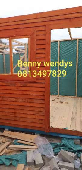 Am selling 3x9 wendy house in Cape town
