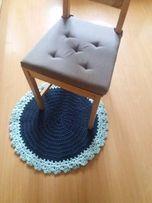 Dywanik ze sznurka bawełnianego, wykonany na szydełku
