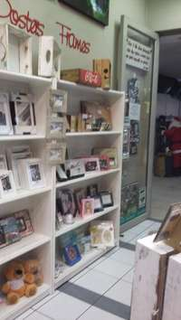 Image of Fixtures & Fittings of an entire shop for sale in good condition