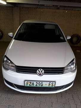 POLO TRENDLINE,1.4,2016,66000km with 2 keys.