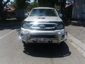 2011 TOYOTA HILUX WITH AN ENGINE CAPACITY 3, 0