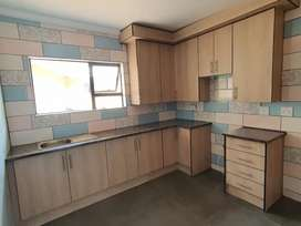 Newly developed studio flats to let on the N12 near KFC