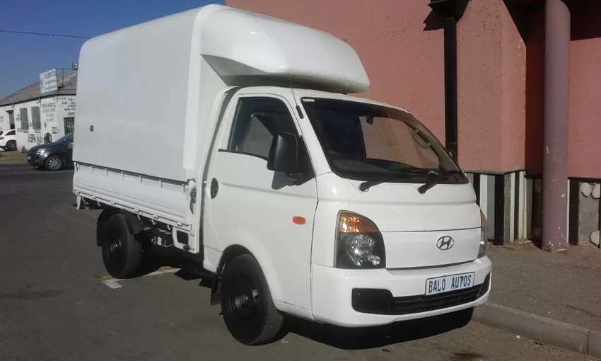 2018 Hyundai H-100 with Canopy 0