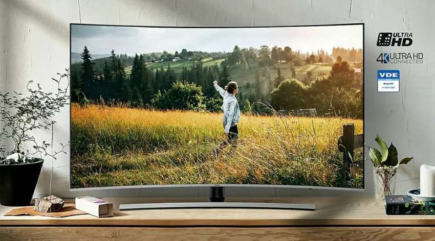 Samsung 55 Inch Premium UHD Curved Smart TV 0