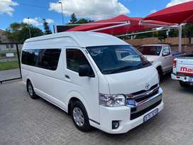 Very neat 2017 Quantum 2.7 GL 14 seater for sale