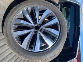 VW Amarok Extreme Mags & Tyres