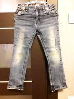 Продам стильные джинсы на мальчика ARMANI