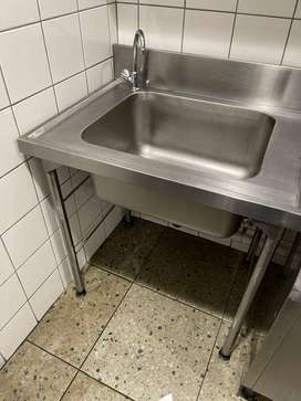Single and Double Stainless Steel Sinks