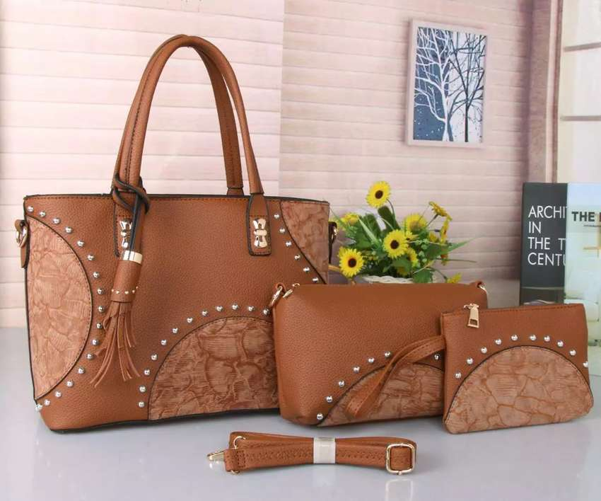 NEW 3 IN 1 HANDBAG SET 0