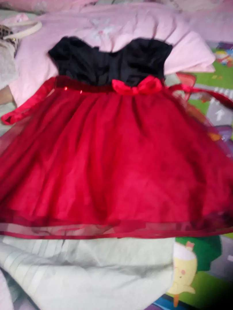 Girls ball gown 0