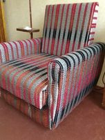 Кресла деревянные на колесиках