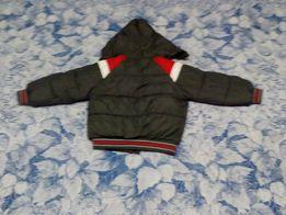 Продай теплую зимнюю куртку с комбинезоном