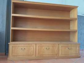 3 bookcase shelf with 3 drawers