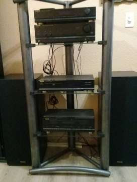 Futronic 4 Component Sound System Including Speakers
