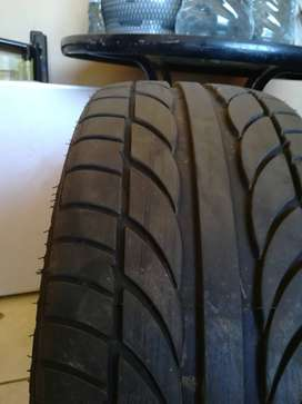 225/35/19 Achilles stretch tyres