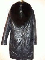 Женское зимнее пальто р.46 на меховой подстежке